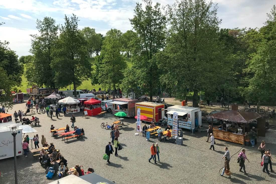 Eten op de vlooienmarkt Bonn
