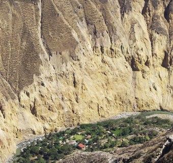 Colca Canyon Trekking – hinab ins zweittiefste Tal der Welt
