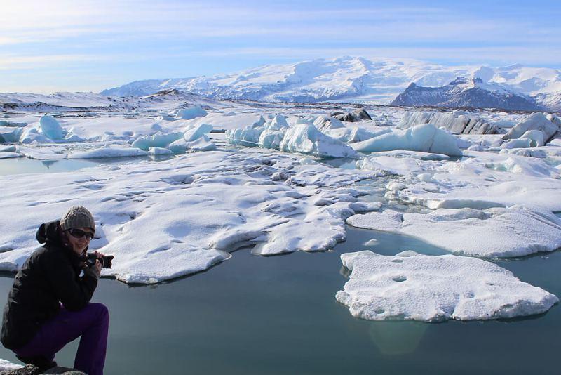 Fotografieren am Gletschersee auf Island