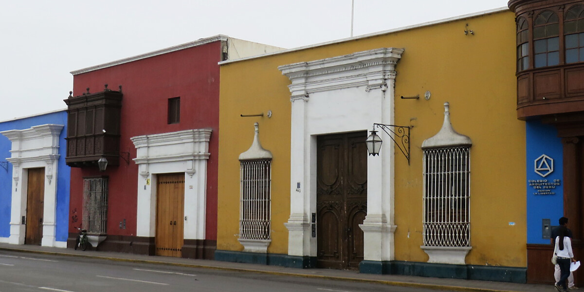 Kolonialbauten im Zentrum von Trujillo