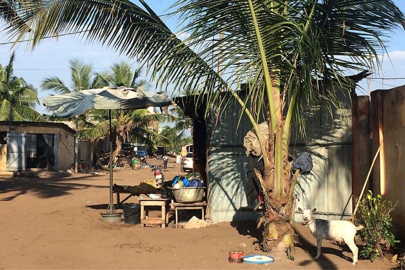 Hütten in Lome in Togo