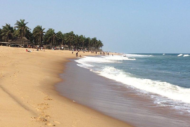 Sandstrand in Togo bei Coco-Beach