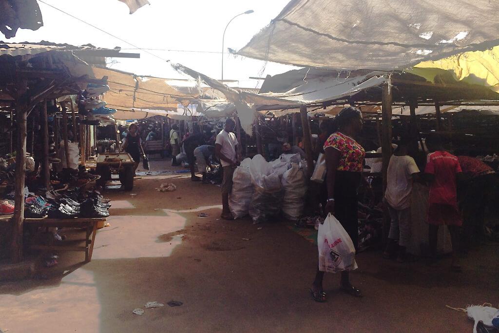 Second-Hand-Kleidermarkt von Lomé
