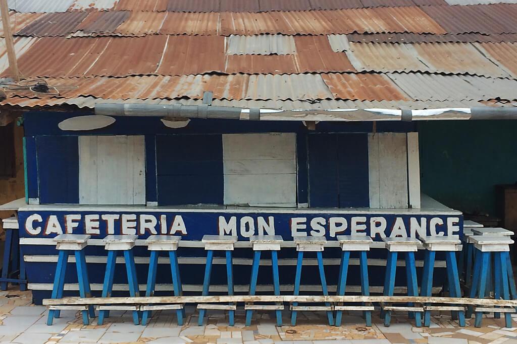 Geschlossene Cafétéria in Togo