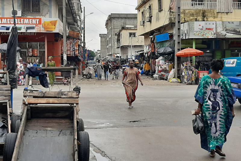 Alltagsleben im Stadtteil Treichville von Abidjan