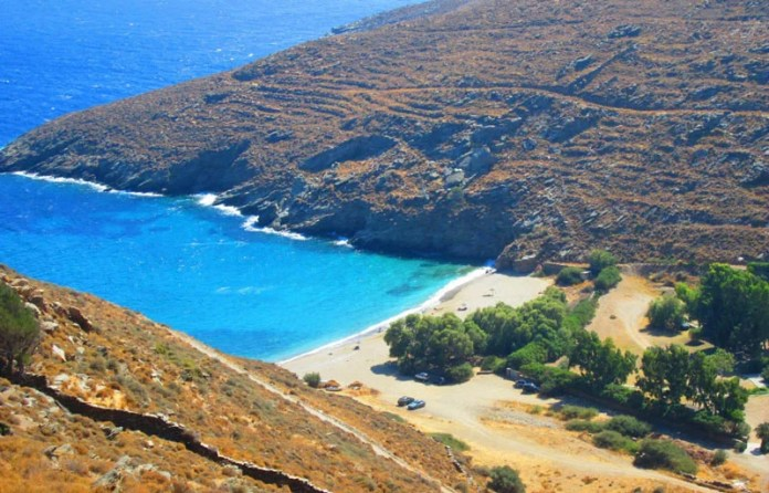 Οι 10 καλύτερες παραλίες στην Τζιά (Κέα) | Travelpass.gr