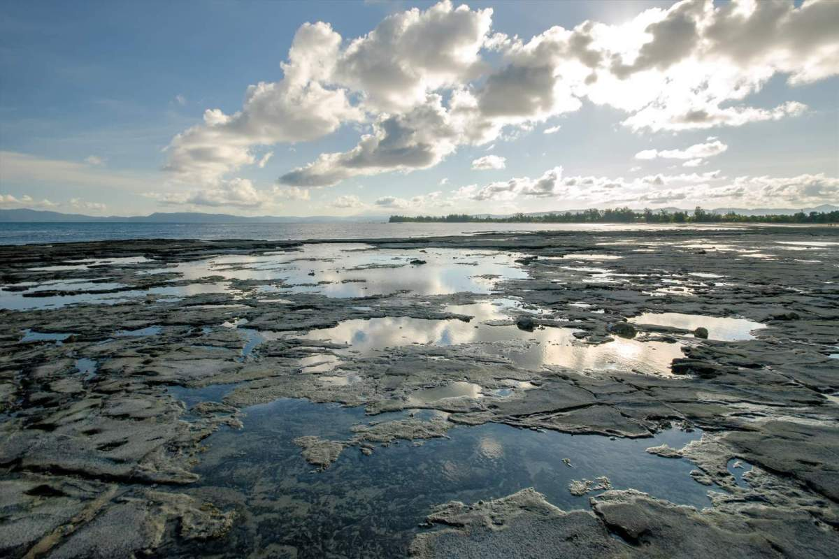 Rock pools on Cagbalete's Bonsai Island