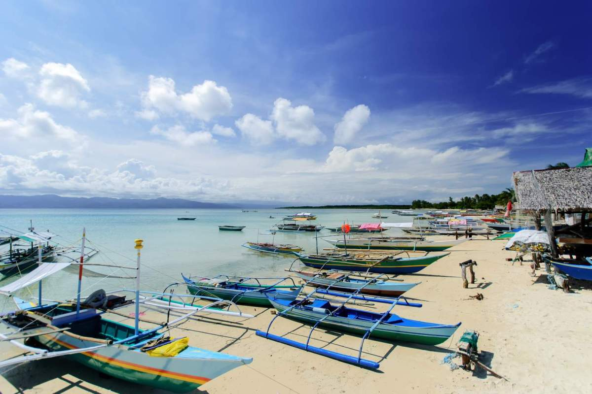 Cagbalete Island Bancas parked near Sabang, Barangay Uno