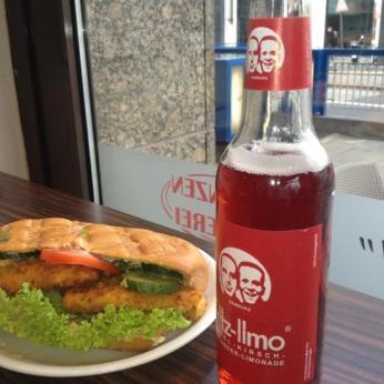 hühnchenbaguette und fritz-limo