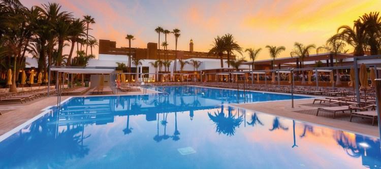 Riu Palace Oasis op Gran Canaria heropent op 10 juli.