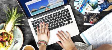 Online verkoop pakketreizen en vliegtickets flink gestegen