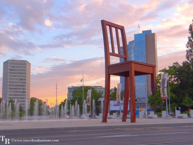 The Broken Chair - A symbol of peace in Geneva, Switzerland!, Travel Realizations