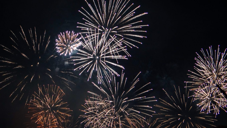 Conquering the darkness -  Geneva Festival Fireworks in Switzerland!