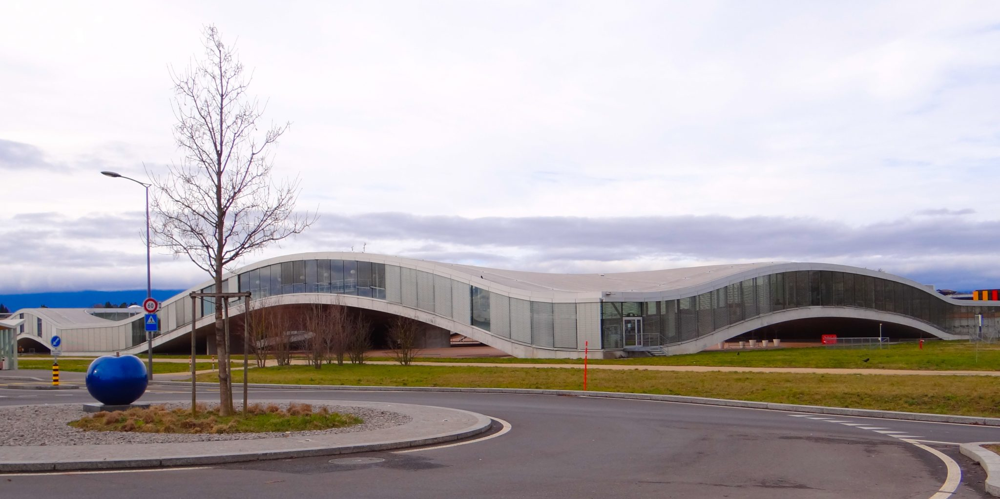 The EPFL library in Lausanne, Switzerland - A revolutionary architecture!