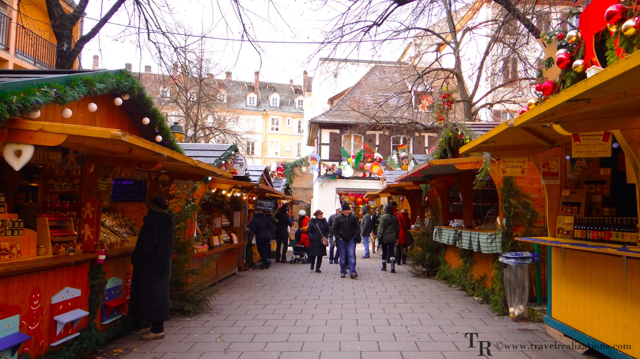 Christmas market in Strasbourg, France – the oldest and biggest in Europe!