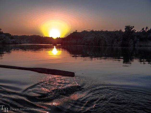 Travel Realizations, Jabalpur, Marble rocks, River Narmada, sunsets