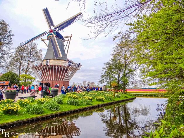 Keukenhof - World's largest flower garden in Lisse, Netherlands - A photo essay, Travel Realizations, Tulip Garden