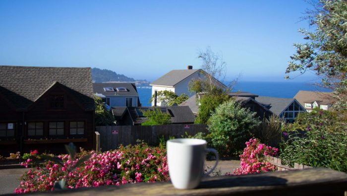 JD House – A beautiful boutique hotel in blooming Mendocino!