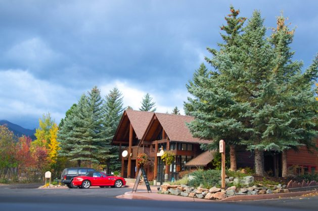 Estes Park, Rams Horn Village Resort, Colorado, Travel Realizations