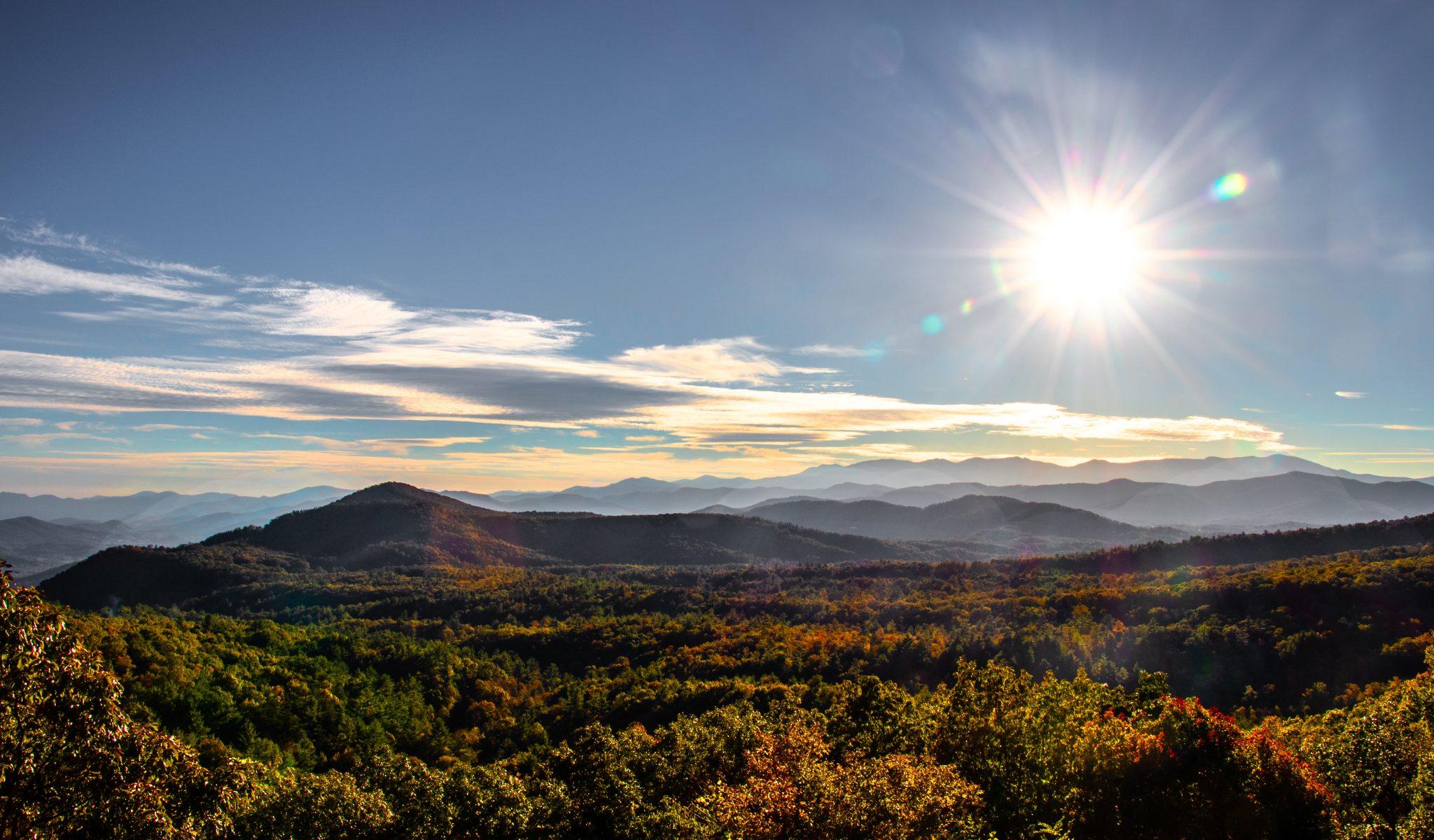 Blowing Rock - A beautiful mountain village in North Carolina, USA!