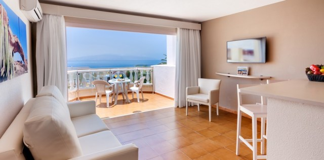 128-c-room-4-hotel-barcelo-varadero21-145188