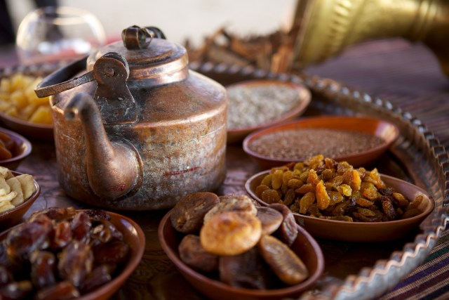 Bedouin Tea, Nuts and Dried Fruit