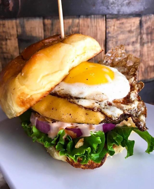 Pincho burger in Florida