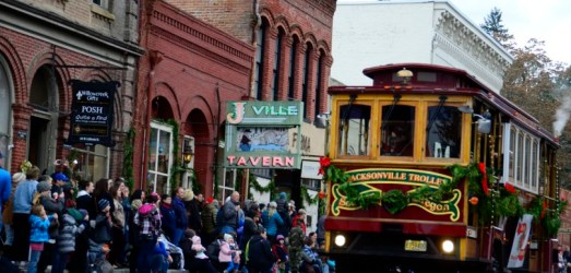 Oh by Golly It's a Jolly Holly Trolly Victorian Christmas