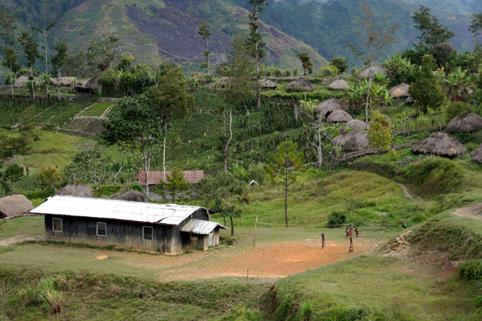 hitugi village papua Hiking the Baliem Valley on a budget