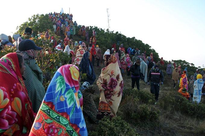 people east timor hiking the mount ramelau