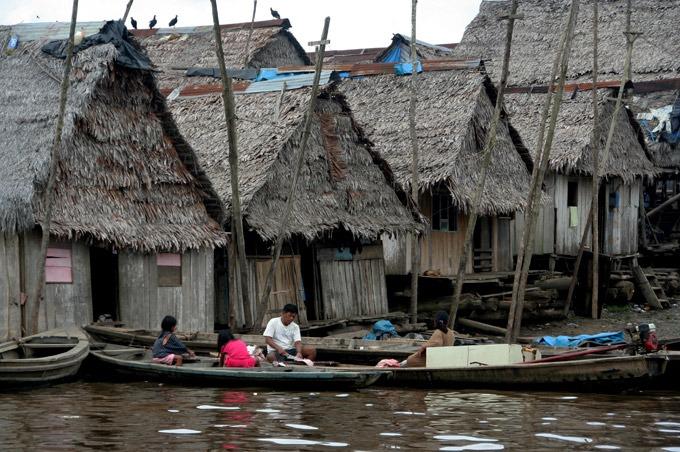 Iquitos Belen Peruvian Amazon. How to get to Iquitos