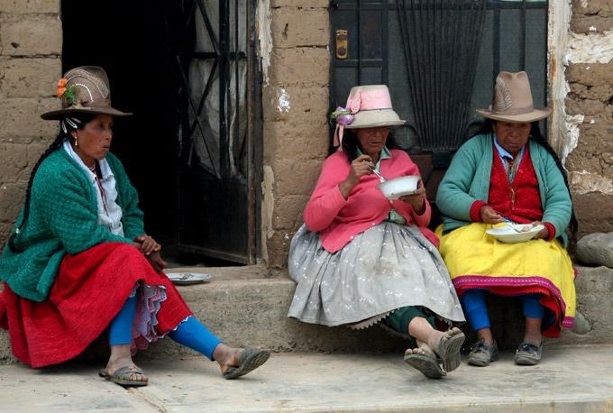 people huaraz peru Santa Cruz trek on a budget
