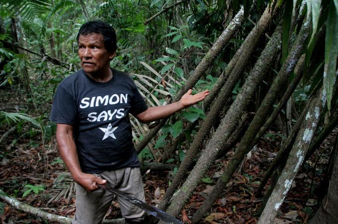 guide jungle Raúl our guide
