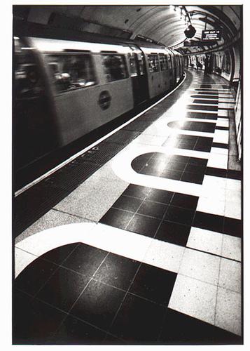 England train station scam www.travelscamming.com