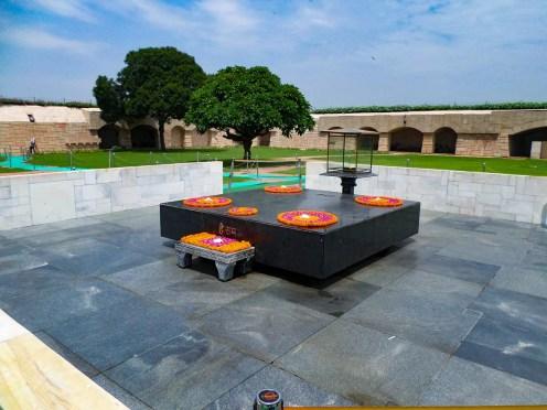 Raj Ghat Mahatma Gandhi Denkmal Delhi