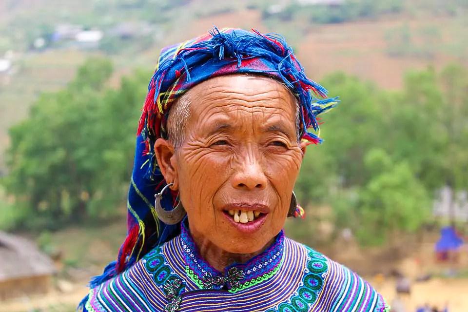 Hmong Frau Can Cau Market