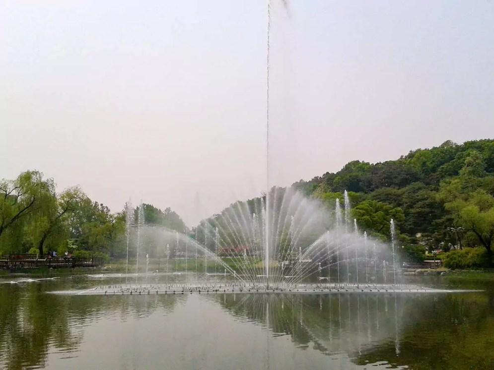Wasserspiel Boramae Park Seoul