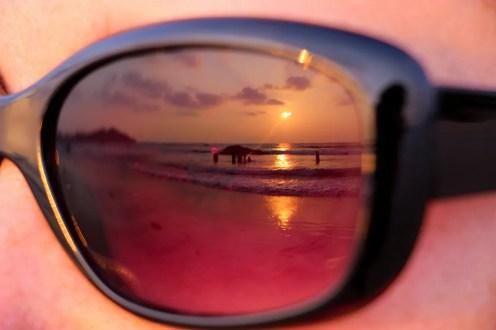 Sonnenuntergang auf dem Ngapali Strand - Reflexion