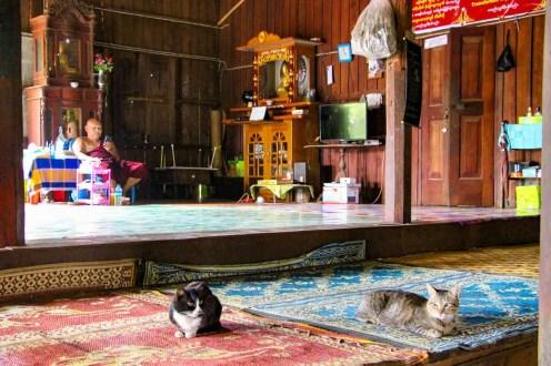 Nyaung Ohak Kloster von innen