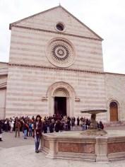 Basilika Santa Chiara in Assisi