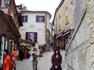 Auf einer Straße in San Marino