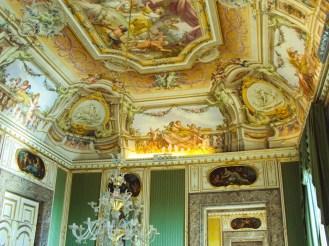 Wandmalerei in dem Palast von Caserta