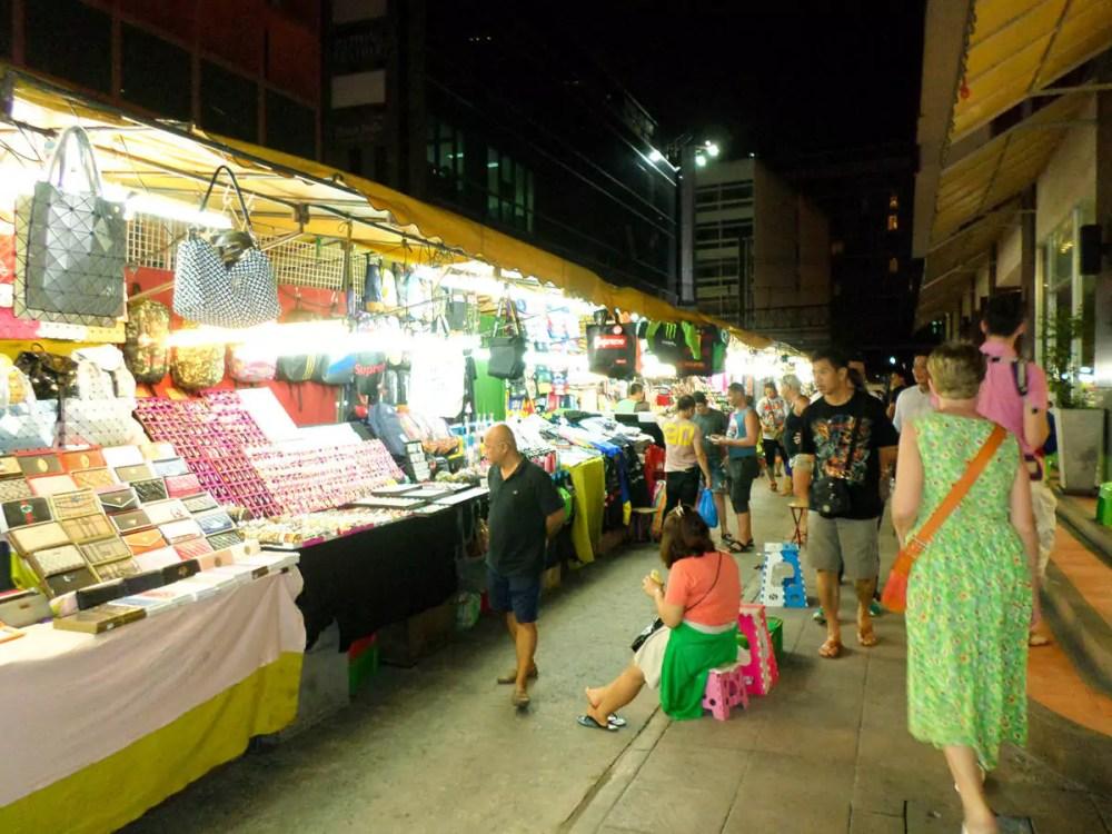 Silom Nachtmarkt in Patpong Bangkok