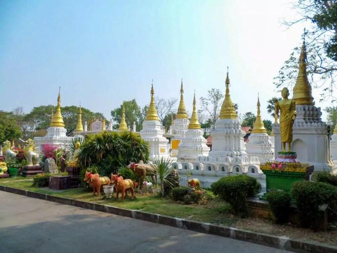Wat Chedi Sao in Lampang