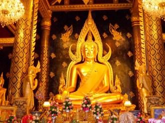 Goldener Buddha im Wat Phra Si Rattana Mahathat