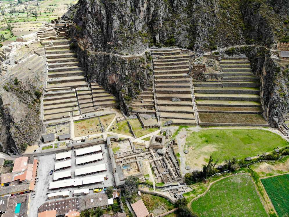 Ruinen von Ollantaytambo aus der Luft