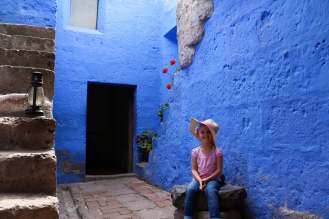 Blaue Farben im Kloster Santa Catalina in Arequipa