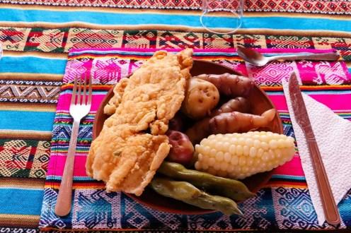 Gebratene Fisch Essen auf Amantani