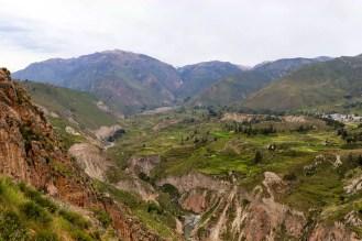 Schöner Blick ins Colca-Tal von Mirador de Antawilqui