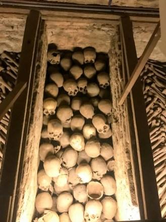 Viele Schädel Katakomben Lima
